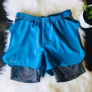 MERRELL Selectwick Spandex Short Lined Shorts L